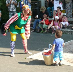 Clown mit Kind