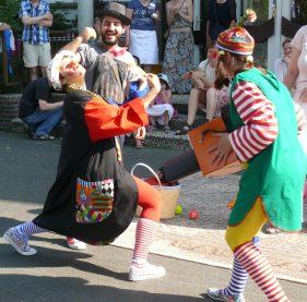 Zwei Clowns
